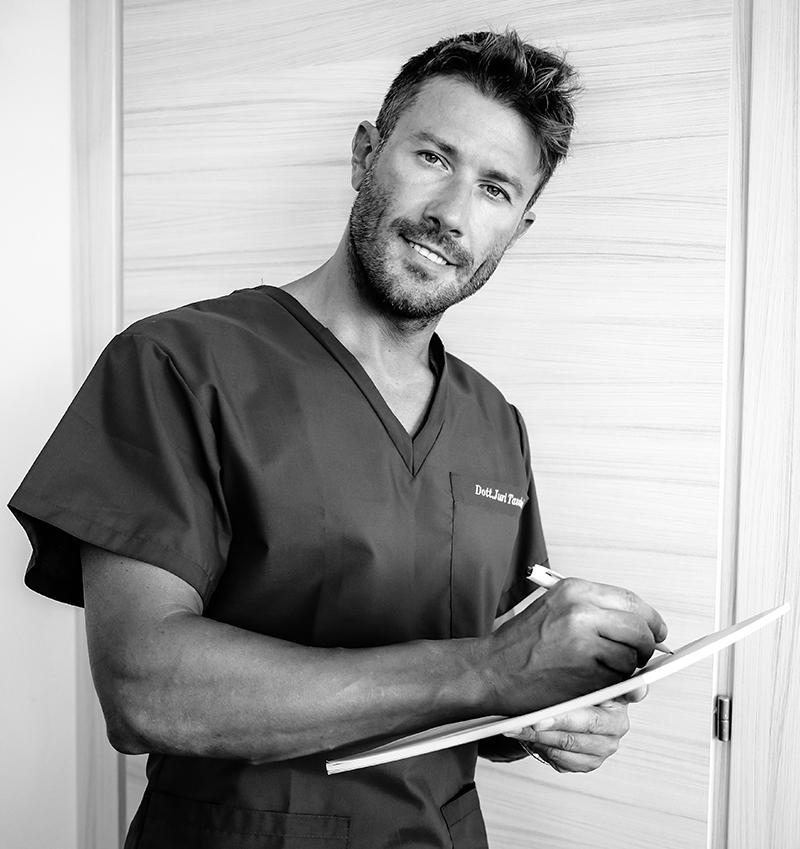 Dott. Juri Tassinari - Chirurgo Plastico e Estetico